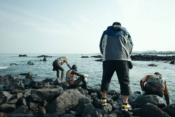 The Haenyeo of Jeju – A Photo Essay by Kurt Chambers
