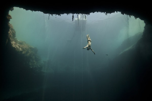 Голубая дыра Дина, Багамские острова
