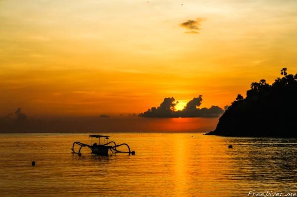 Фридайвинг в Амеде. Бали, Индонезия