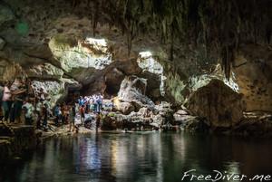 О. Панглао, пещерное озеро