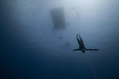 Morgan Bourchis. Ныряние в глубину без ласт